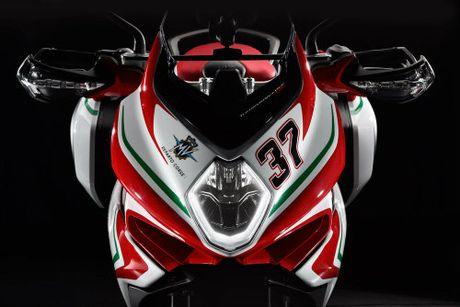 2017 MV Agusta Turismo Veloce RC 'thach dau' Ducati - Anh 4