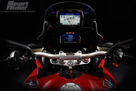 2017 MV Agusta Turismo Veloce RC 'thach dau' Ducati - Anh 5