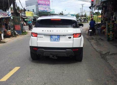 Bi thu Kien Giang len tieng vu tinh muon xe Range Rover cua cong an - Anh 2