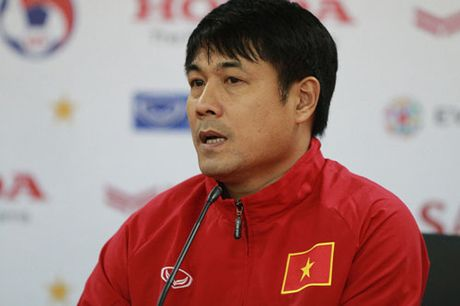 DIEM TIN TRUA (8.11): HLV Huu Thang biet on Alfred Riedl, nhung muon thang - Anh 2