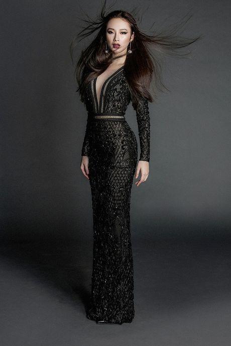 Angela Phuong Trinh khoe body nuot na voi dam ren mong manh - Anh 5