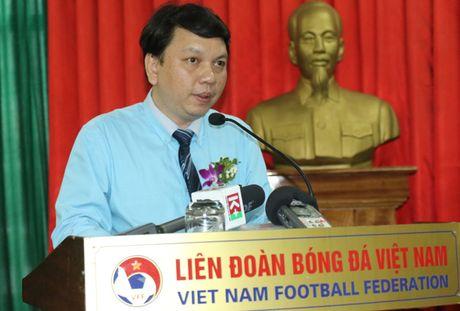 '1 ong chu, 4 doi bong' dang giup bong da Viet Nam manh len? - Anh 1