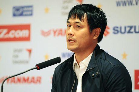 HLV Huu Thang: 'Khong co chuyen ai do phai 'phuc vu' Xuan Truong' - Anh 1