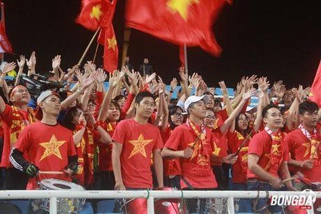 CDV Viet Nam hao hung 'tiep lua' DT Viet Nam tren san My Dinh - Anh 1