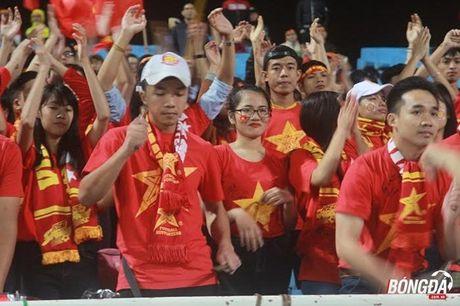 CDV Viet Nam hao hung 'tiep lua' DT Viet Nam tren san My Dinh - Anh 4