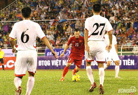 Tro cung giup Huu Thang nguoc dong nghet tho truoc Indonesia - Anh 3
