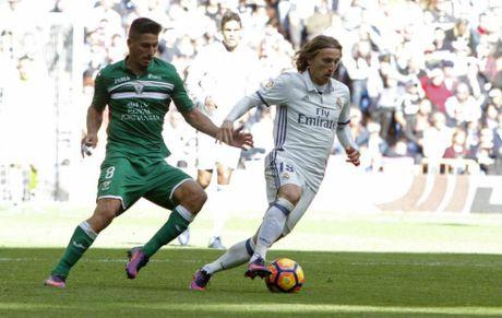 Modric 'tren duong bang' den derby thanh Madrid - Anh 1
