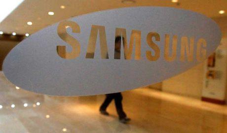 Be boi TT Han: Cong to vien luc soat tru so hang Samsung - Anh 1
