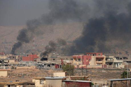 Giao tranh ac liet giua nguoi Kurd va IS tai Mosul - Anh 4