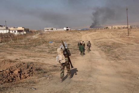 Giao tranh ac liet giua nguoi Kurd va IS tai Mosul - Anh 7