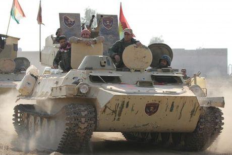 Giao tranh ac liet giua nguoi Kurd va IS tai Mosul - Anh 8