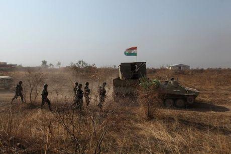 Giao tranh ac liet giua nguoi Kurd va IS tai Mosul - Anh 9