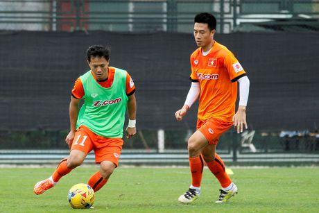 Chiu tang ong, tien ve Thanh Luong van san sang da truoc Indonesia - Anh 1