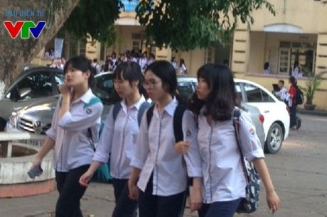 Mien thi ly thuyet bang A1 cho hoc sinh dat diem cao Giao thong hoc duong - Anh 1