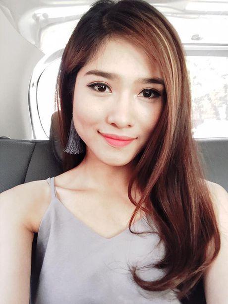 MC Mai Trang ca tinh hon voi toc ngan - Anh 3