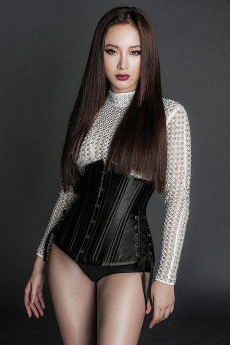Angela Phuong Trinh 'tay chay' noi y khi dien dam mong manh - Anh 6