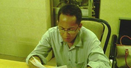 TP.HCM: Phong vien 'rom' dot nhap hoi nghi, dam nguoi bi bat - Anh 1