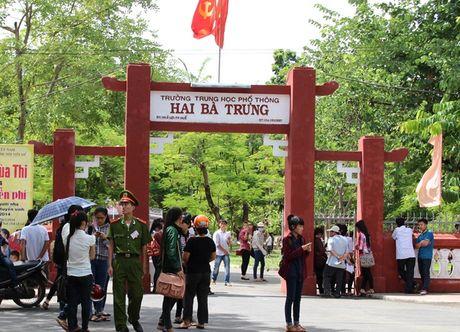 Them mot truong THPT o Hue lam 'that lac' hang chuc tam bang tot nghiep - Anh 1