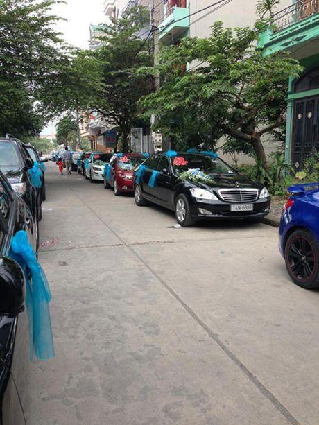 Dai gia Quang Ninh gay 'choang' khi lien tuc mang dan sieu xe di hoi vo - Anh 2