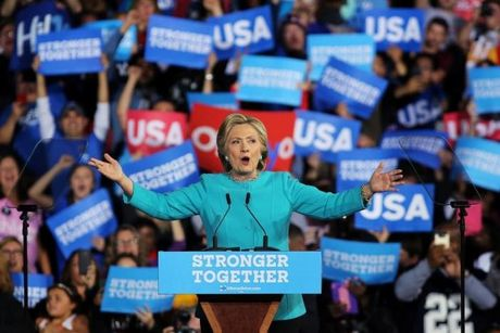 Bau cu My: Ong Trump bat ngo dan truoc ba Clinton - Anh 18