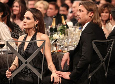 Jolie-Pitt co the buoc vao cuoc chien gianh quyen nuoi con - Anh 2