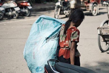Campuchia: Nhung phan doi muu sinh tren rac - Anh 1