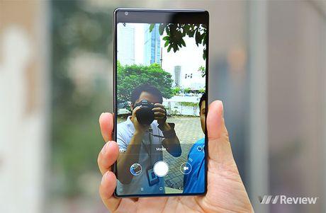 "5 bat ngo sau vai gio trai nghiem smartphone ""khong vien"" Xiaomi Mi Mix - Anh 7"