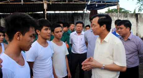 Vu 'dai nao' Trung tam cai nghien: Giai quyet cho hoc vien ve voi gia dinh - Anh 1