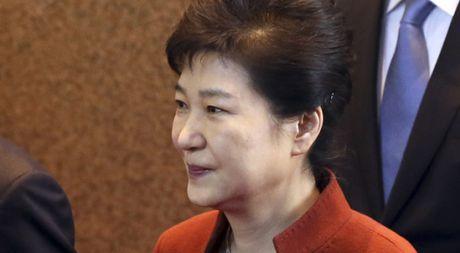 Ba Park Geun-hye nhuong bo lon voi phe doi lap, Samsung bi dieu tra - Anh 1