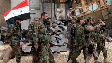 Quan doi Syria doi bao lua danh chiem hanh lang phia tay nam thanh pho Aleppo(video) - Anh 1