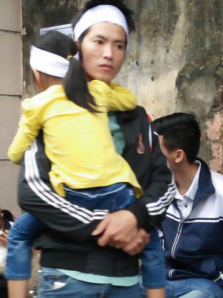 Tang le nghen ngao cua chang trai co giong hat giong Tuan Hung - Anh 8