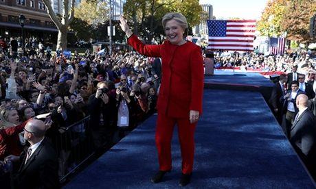 Than chu trong bai phat bieu tranh cu cuoi cung cua Clinton - Anh 1