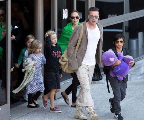 Den cuoi cung Brad Pitt van luon la nguoi chiu nhun nhuong Angelina Jolie? - Anh 1