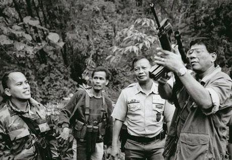 Lam trong sach xa hoi theo cach Duterte va nhung he luy - Anh 1