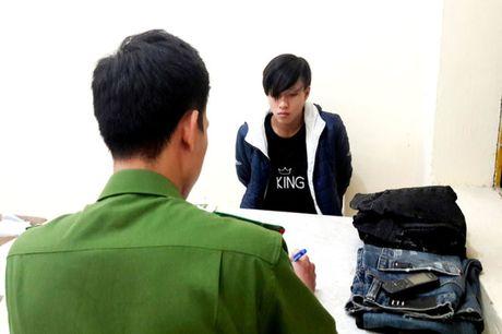 Bat nghi pham dam chet bo ban gai vi muon xe khong tra - Anh 1