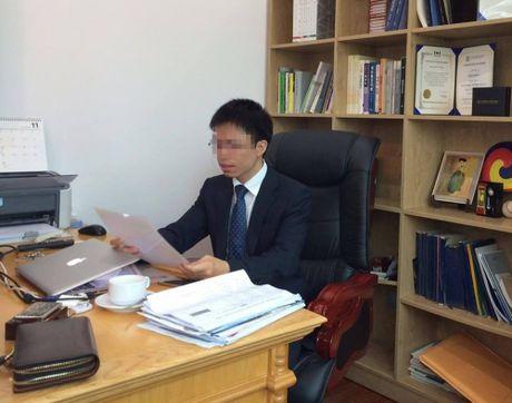 'Tien si chui bay': Do hoc vien khong chap hanh quy che? - Anh 3