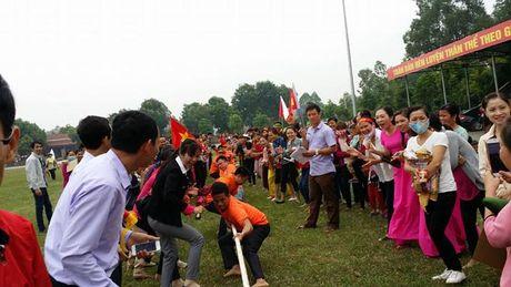 Tung bung Ngay hoi Van hoa CNLD huyen Tan Yen (Bac Giang) - Anh 1