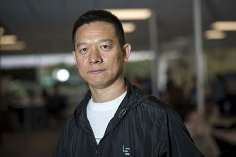 Ti phu Trung Quoc tu giam luong xuong 15 cent - Anh 1