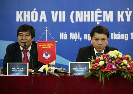Pho Tong cuc truong Tong cuc TDTT Tran Duc Phan: 'Can xay dung van hoa trong bong da' - Anh 2