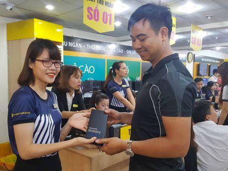 The Gioi Di Dong chiem gan mot nua so Galaxy Note 7 da ban tai Viet Nam - Anh 1