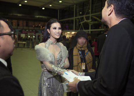 Dong Nhi khong duoc len san khau de nhan giai o MTV EMA - Anh 2