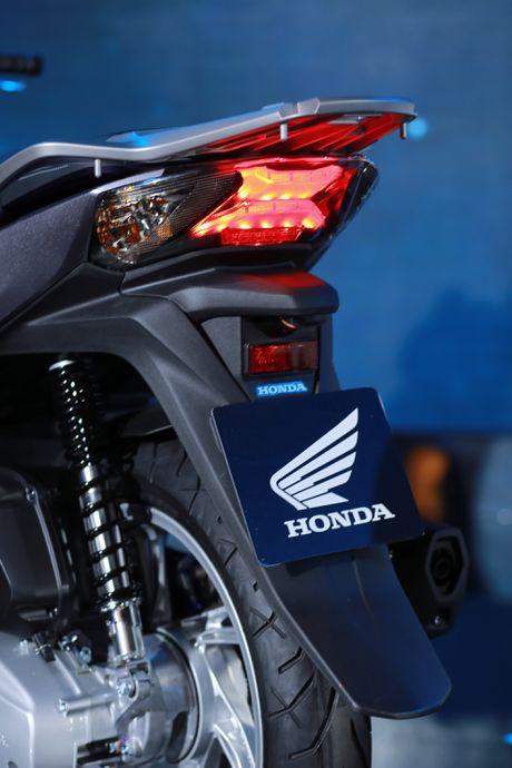 Anh thuc te Honda SH 2017 gia tu 68 trieu vua ra mat o VN - Anh 9