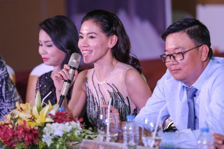 Dam Vinh Hung phong Cam Ly la 'nghe si nhan dan' - Anh 12