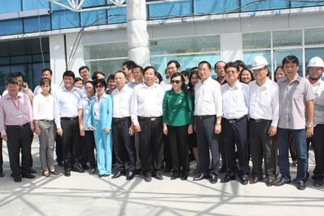 Bo truong Nguyen Thi Kim Tien tham va lam viec tai mot so co so Y te khu vuc TP. Ho Chi Minh - Anh 3