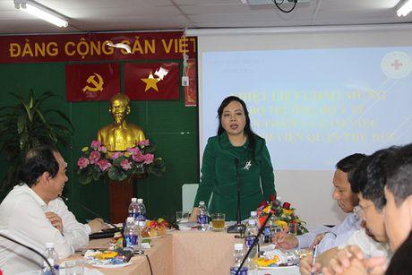 Bo truong Nguyen Thi Kim Tien tham va lam viec tai mot so co so Y te khu vuc TP. Ho Chi Minh - Anh 4