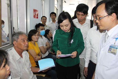 Bo truong Nguyen Thi Kim Tien tham va lam viec tai mot so co so Y te khu vuc TP. Ho Chi Minh - Anh 5