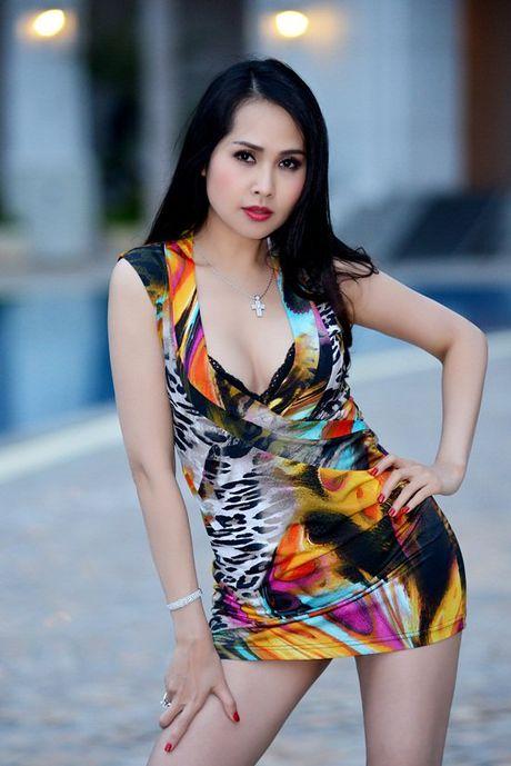 Minh Thu 'Gai nhay' sau cuoc ly hon voi chong kem 6 tuoi - Anh 5