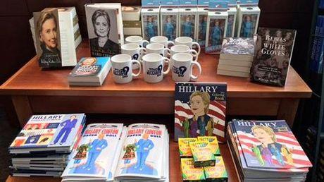 'Vu khi bi mat' cua Hillary - Anh 2