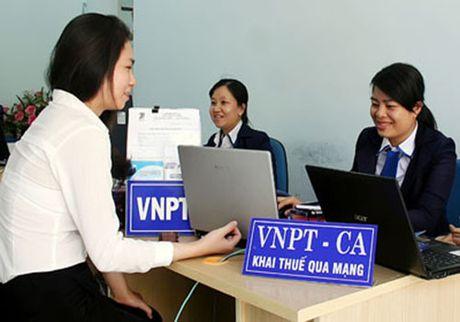 VinaPhone tiep nhan, chuyen doi 44.000 khach hang su dung chu ky so - Anh 1