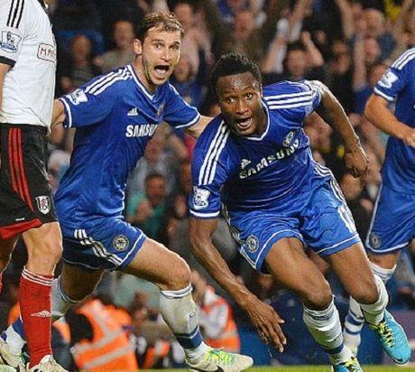 West Ham dinh gay soc voi Cesc Fabregas - Anh 2